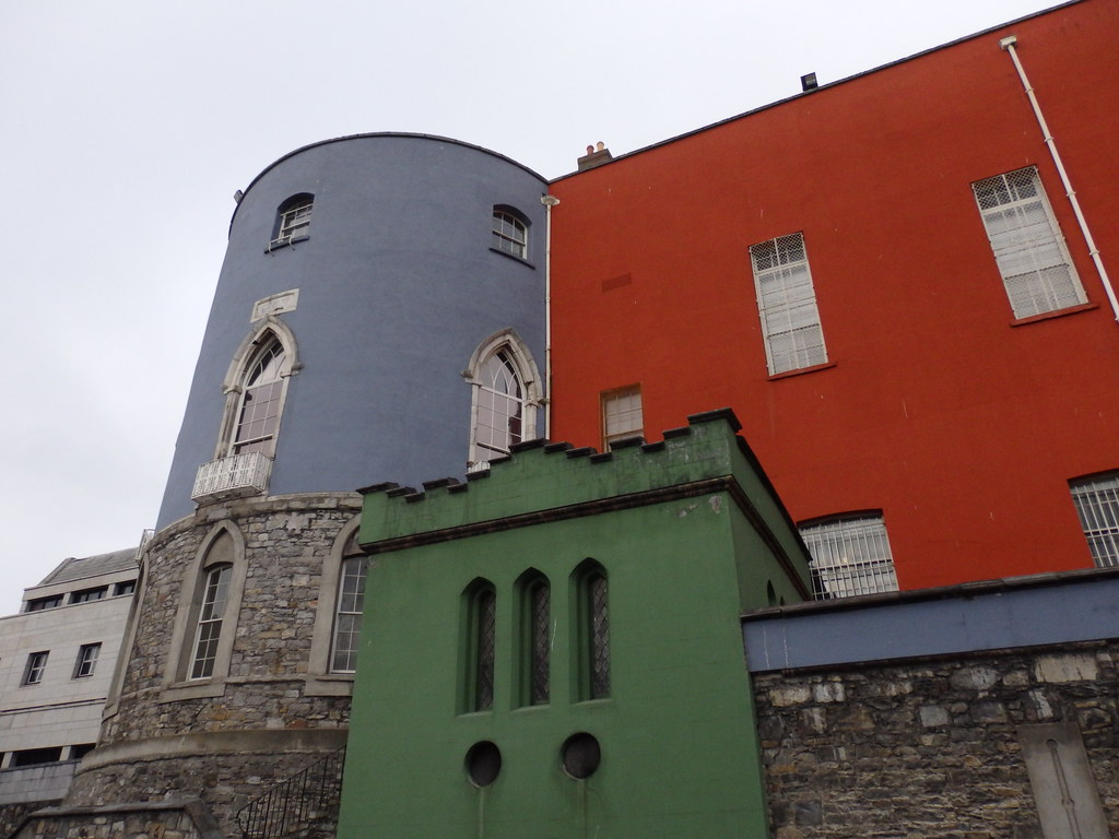 Behind Dublin Castle, II
