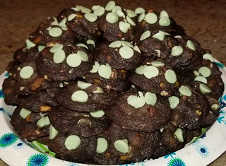 Chocolate-Mint-Pistachio cookies, Sweettonescupcakes