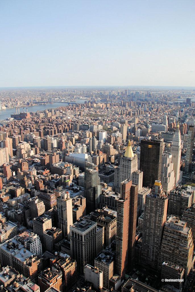 Maisema Empire State Buildingin alemmalta näköalatasanteelta