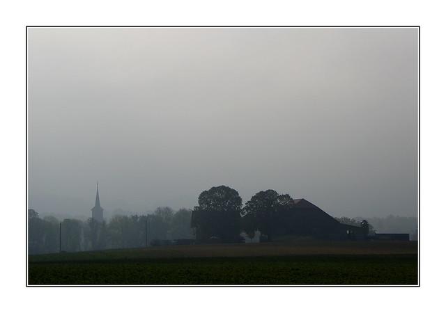 Un matin brumeux / Oron - Suisse