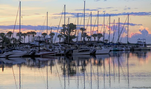 canon florida kathrynlouise boats marina reflections sunrise sunset peir docks roberthunterlyrics gratefuldeadlyrics newsmyrnabeach edgewater intercoastel seascape seashore waterscape