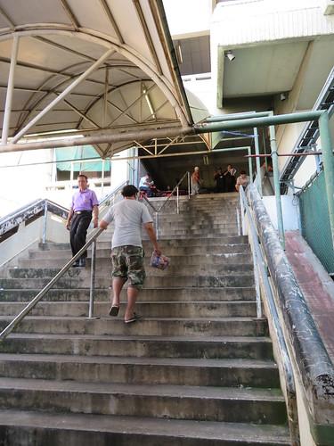 ロイヤルバンコクスポーツクラブの階段