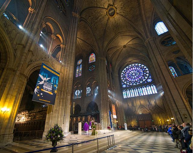 The 37m nave of the Cathédrale Notre Dame de Paris