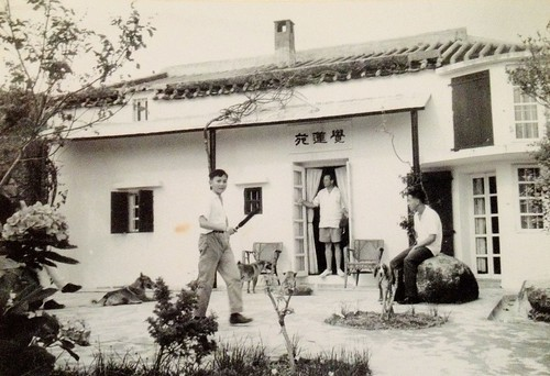Brook-Bernacchi-image-of-Lantau-house   by HughieDW