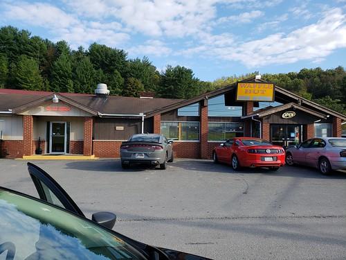 wafflehut flatwoodswv flatwoods wv restaurant kitsch motel