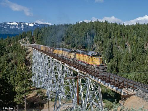featherriverroute railroads up