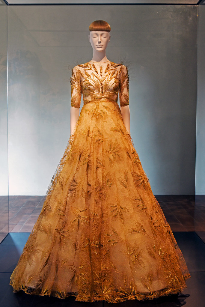 fc95f85e70 ... Valentino Evening Dress