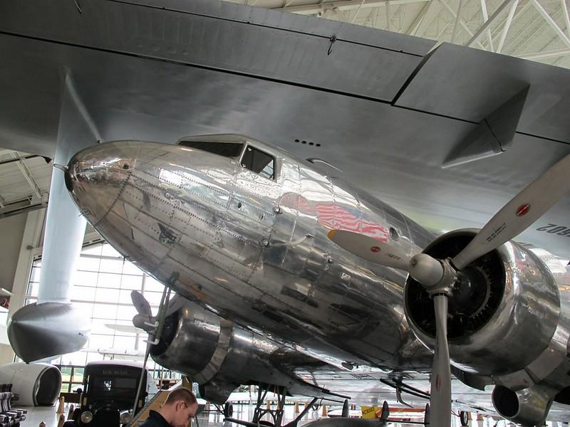 Douglas DC-3A 2