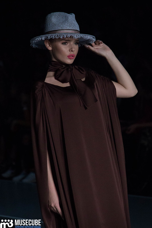 mercedes_benz_fashion_week_goga_nikabadze_044
