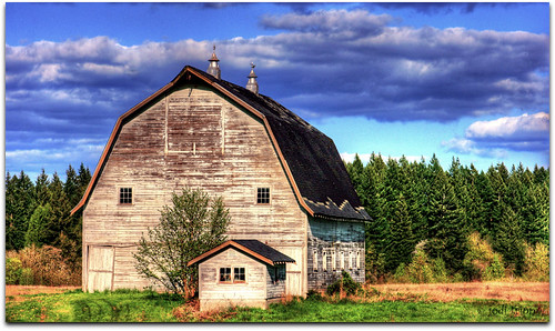 barn blue sky 2.jpg | by jodi_tripp