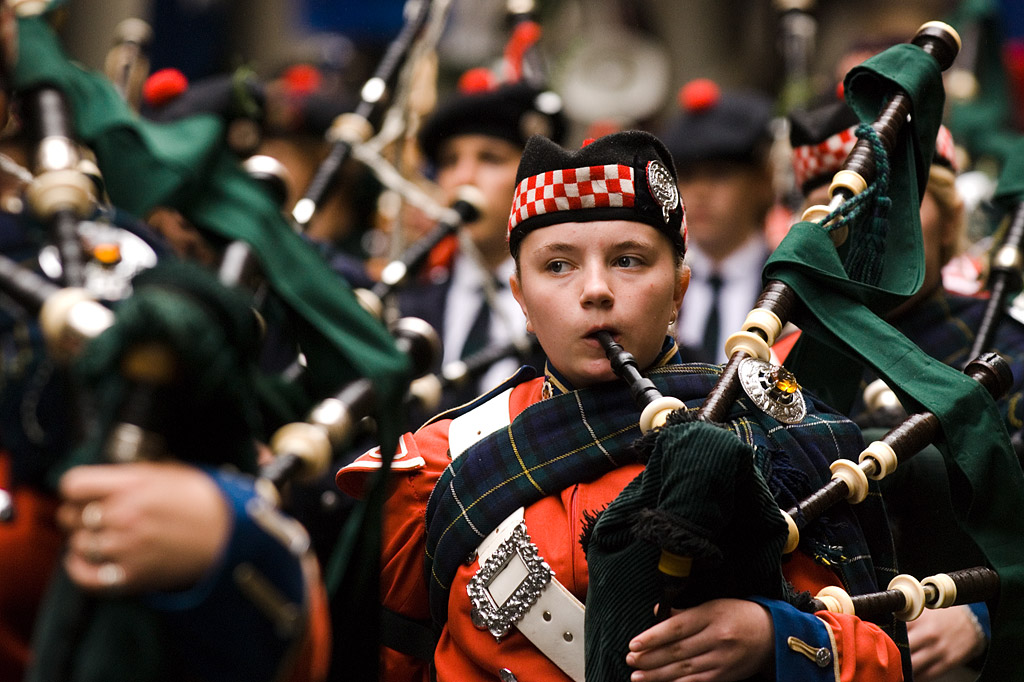 Anzac Day 2007: Young Piper by sidkid