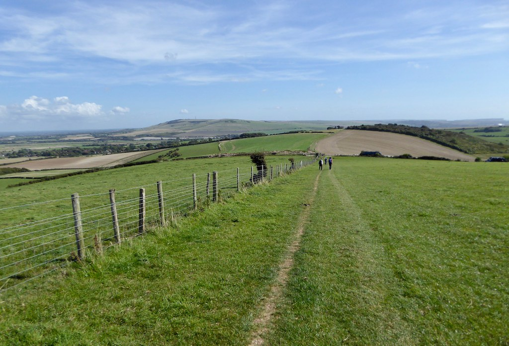 Descending to Rodmell Lewes to Saltdean walk