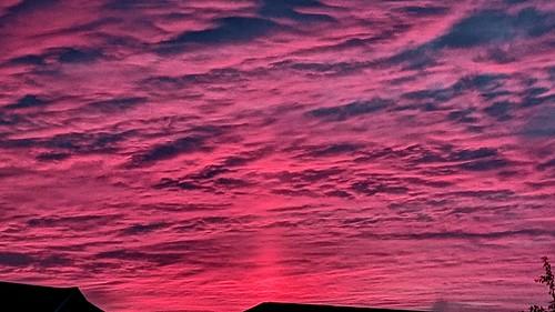 sunrise pink blue cloud clouds sky morning octobersky sunpillar
