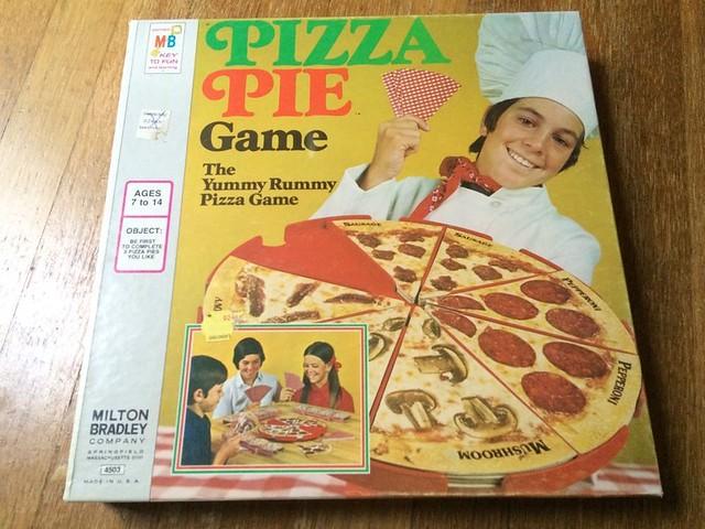 Vintage Pizza Pie Board Game (1974)