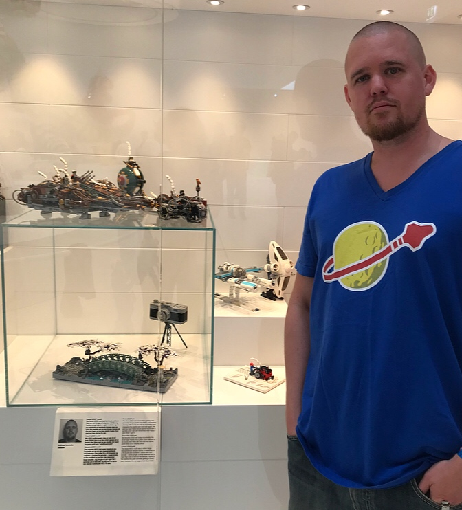 One of the craziest and most awesome couple of days ever 😄! Very honoured and grateful to have been invited to display some of my MOCs in the Lego house masterpiece gallery! Met a lot of fantastic builders and just had an amazing time.