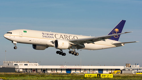 Saudi Arabian Airlines Cargo | HZ-AK71 | Boeing 777F | by Ruud Bouwknegt Photography