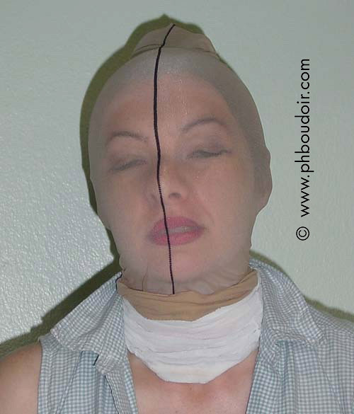 Seam stocking mask