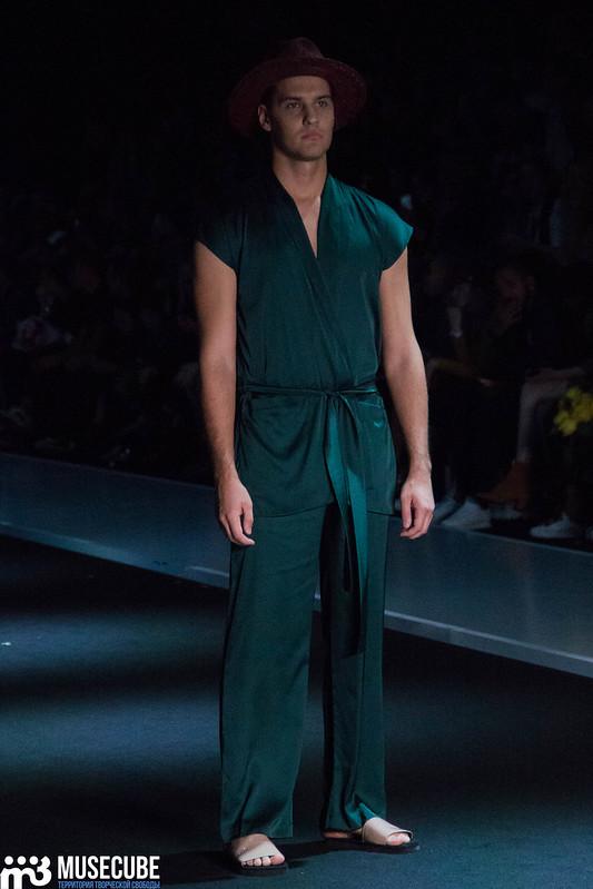 mercedes_benz_fashion_week_goga_nikabadze_042