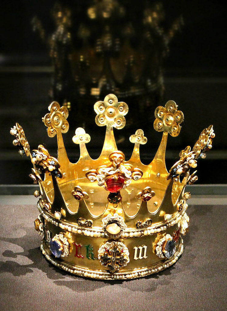 The Crown of Margaret of York  mid 15th c    This was made i