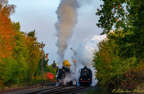 44 2546-8 mit Begleitetwagen durch Immelborn am 20.10.2018 | by Photography Sebastian Winter