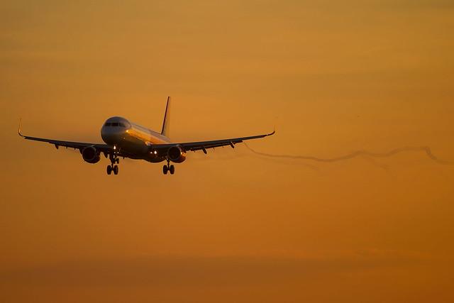 Wizz Air - Airbus A321-231 HA-LXW @ London Luton