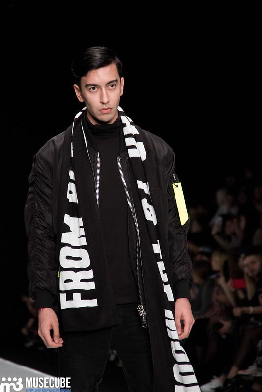 mercedes_benz_fashion_week_black_star_wear_032