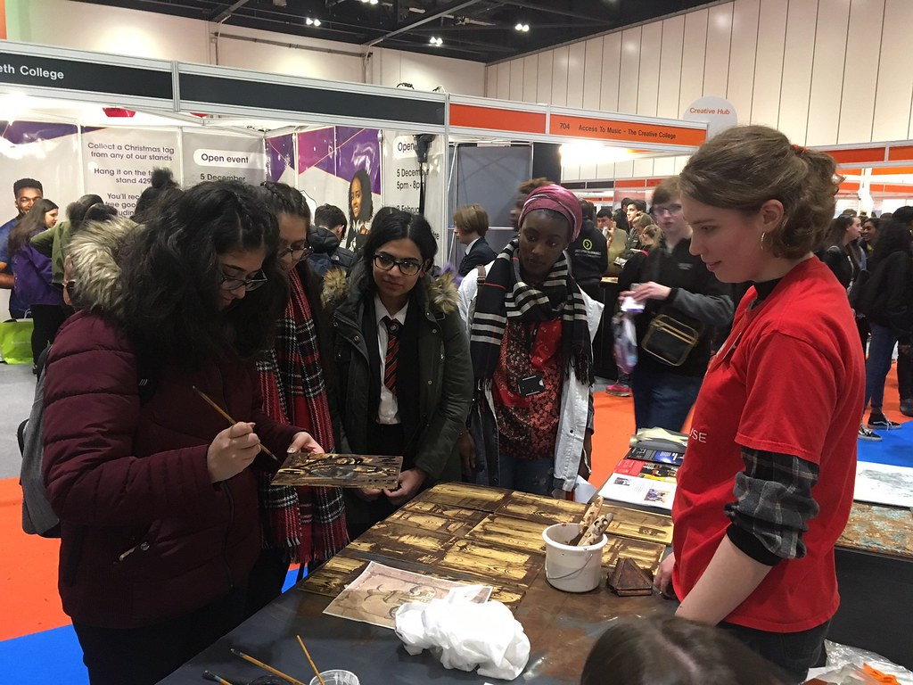Romy Loughman –  Scenic Art Apprentice – workshop at Skills London 2017