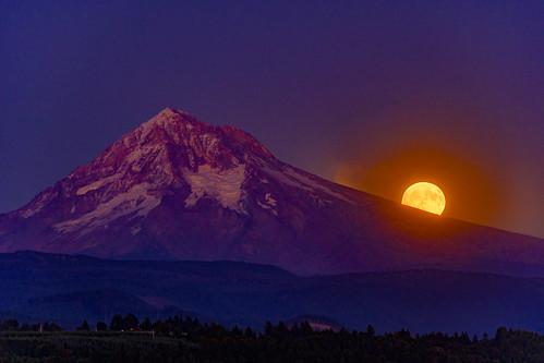 blue harvestmoon moon moonrise moonshine mountains mthood oregon purple sandy