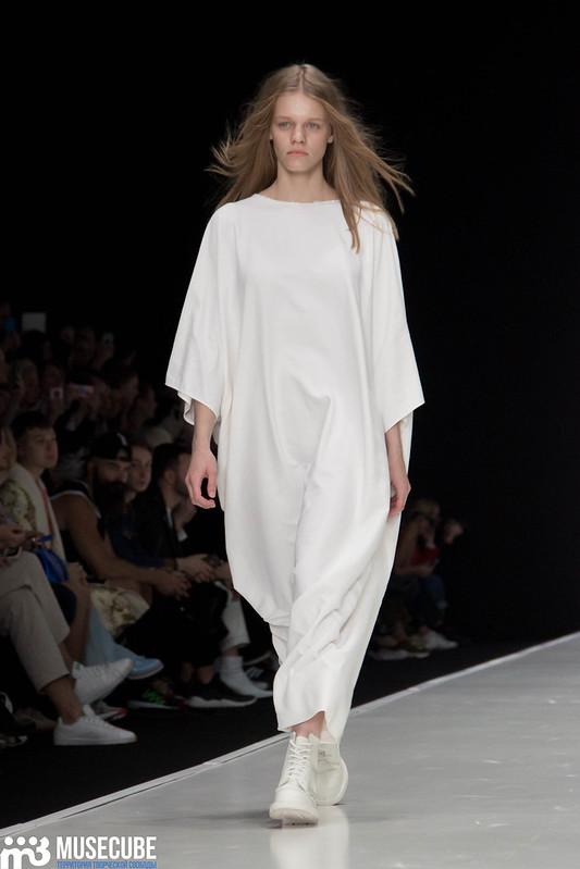 mercedes_benz_fashion_week_bakhtin_010