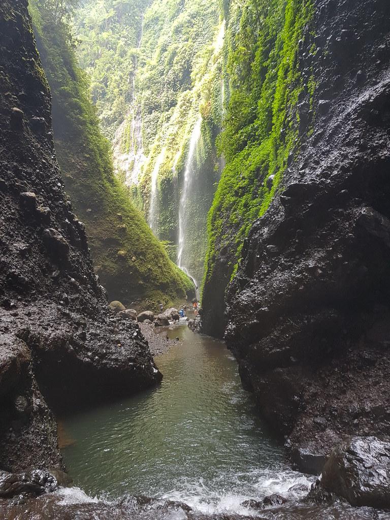 Air Terjun Madakaripura Probolinggo | Paket Wisata Gabungan ...