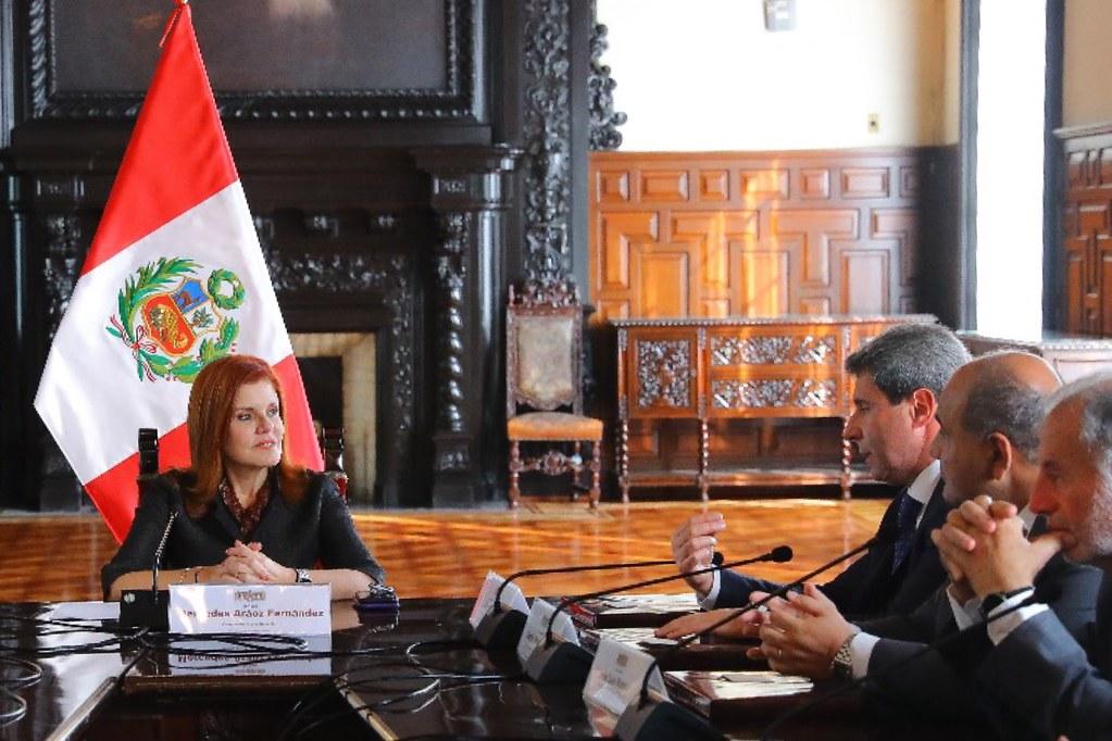 2018-10-29 PRENSA: Uñac se reunió con la vicepresidenta de Perú