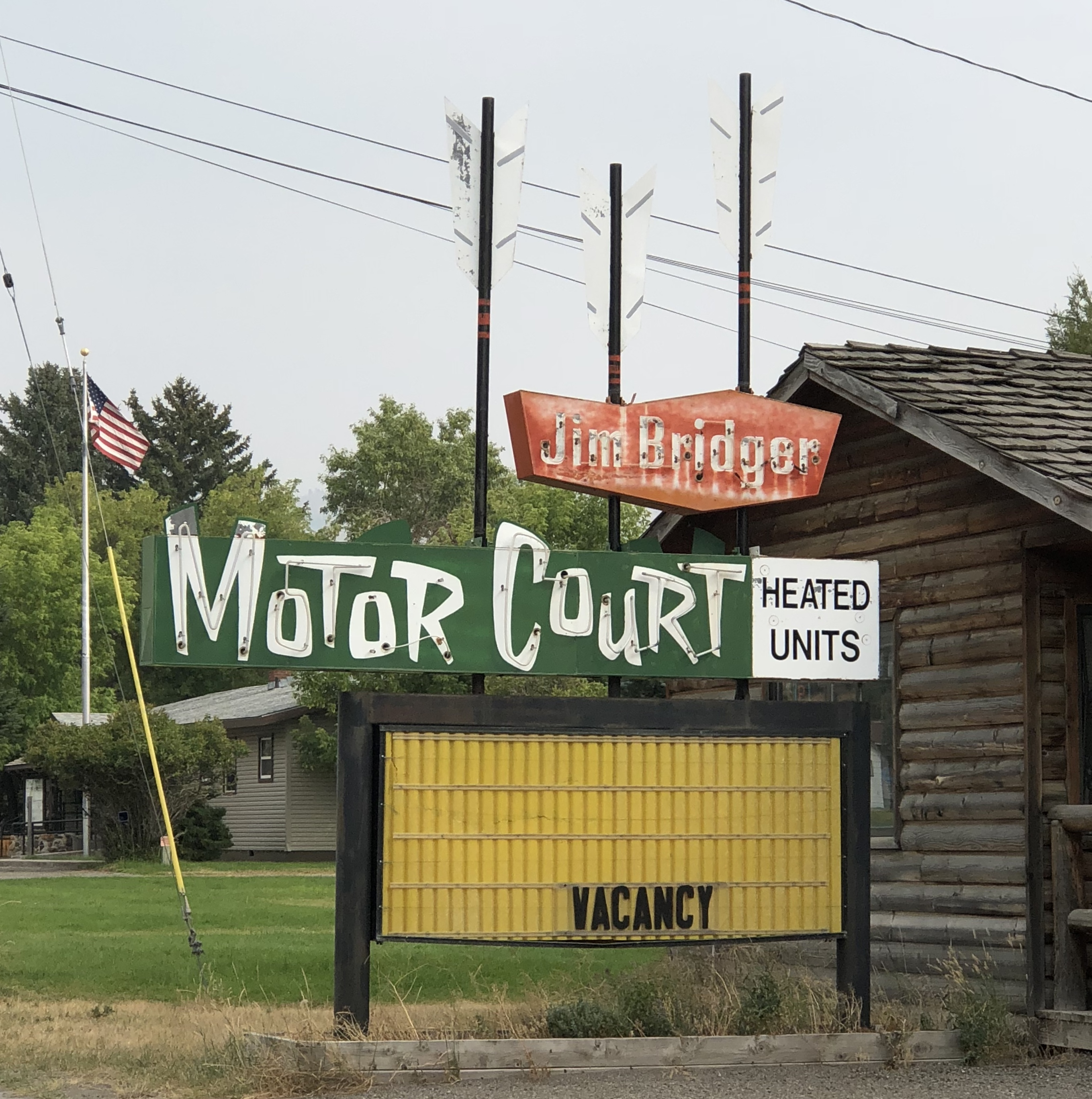 Jim Bridger Motor Court - 901 Scott Street West, Gardiner, Montana U.S.A. - August 20, 2018
