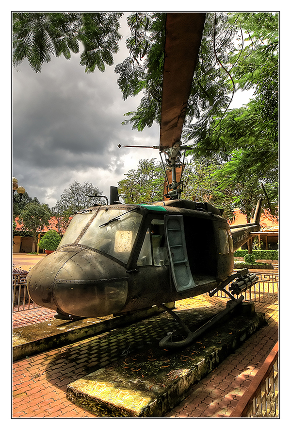 Củ Chi VN - Bell UH-1