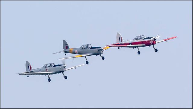 'The Sparrows' - 3x D.H.C.1 Chipmunk 22 WG407/G-BWMX '67', 1350/G-CGAO, WP973/G-BCPU