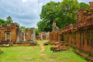 East Mebon temple ruins in Angkor Archeological Park near Siem Reap, Cambodia | by UweBKK (α 77 on )