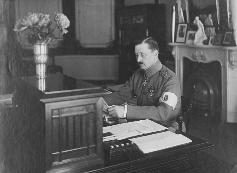 Regent Mannerheim at his workdesk at the Regent's residence Smolna in Helsinki