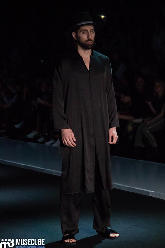 mercedes_benz_fashion_week_goga_nikabadze_055