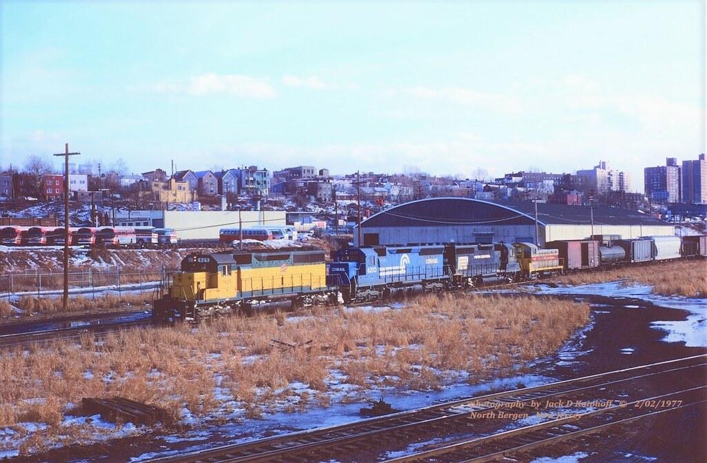 CNW 925-CR 6210-PC 3195-EL 444, SC8a, Secaucus, NJ  2-02-1