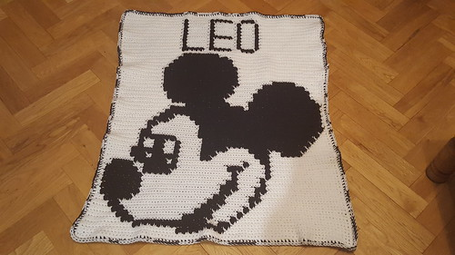 Mickey Mouse blanket for Leo