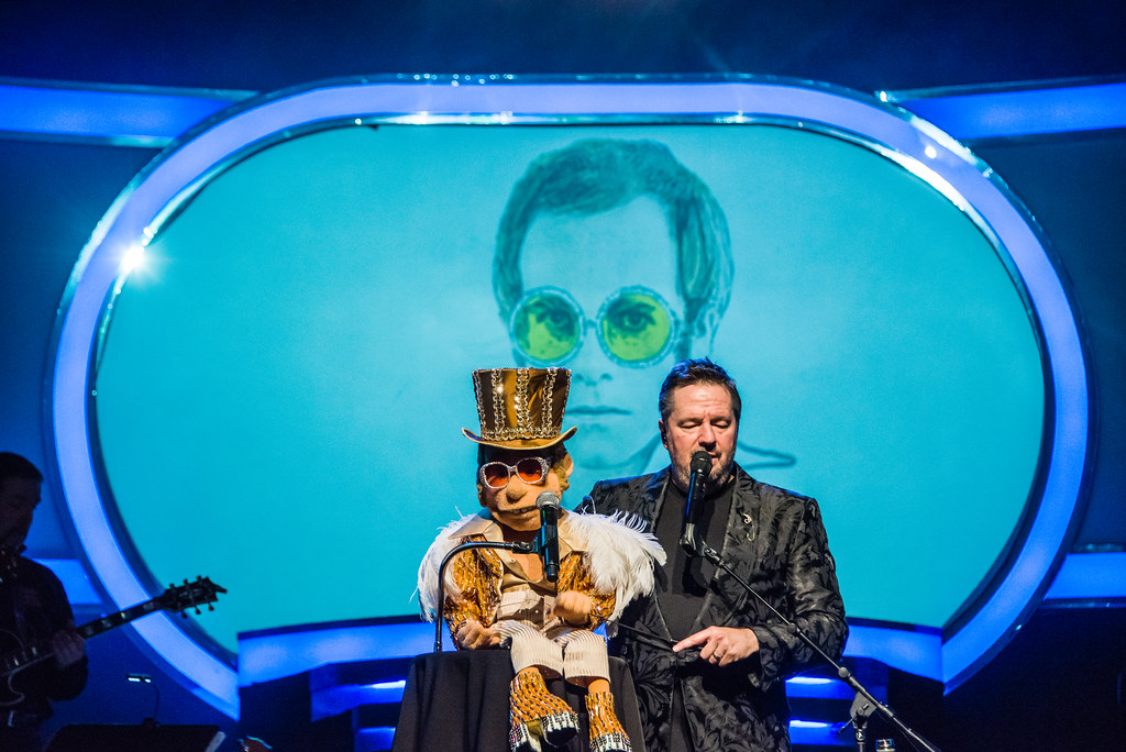 Elton - Terry Fator show at the Mirage in Las Vegas   Flickr