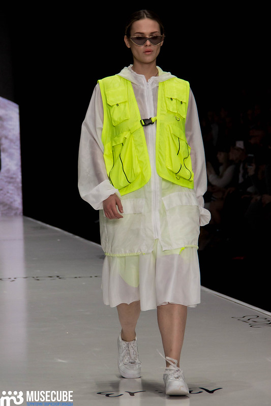 mercedes_benz_fashion_week_black_star_wear_039