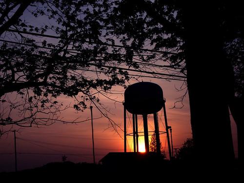 sunset sky sun clouds michigan watertower richmond