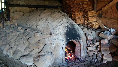 japan hokkaido shari pottery kiln sharigama noborigama flame fire log