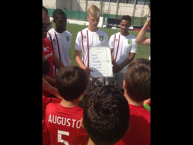 Norwich City community work with Puebla CF U12s (6)