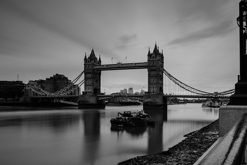 towerbridge absoluteblackandwhite monochrome bw mono lee filters nd bigstopper