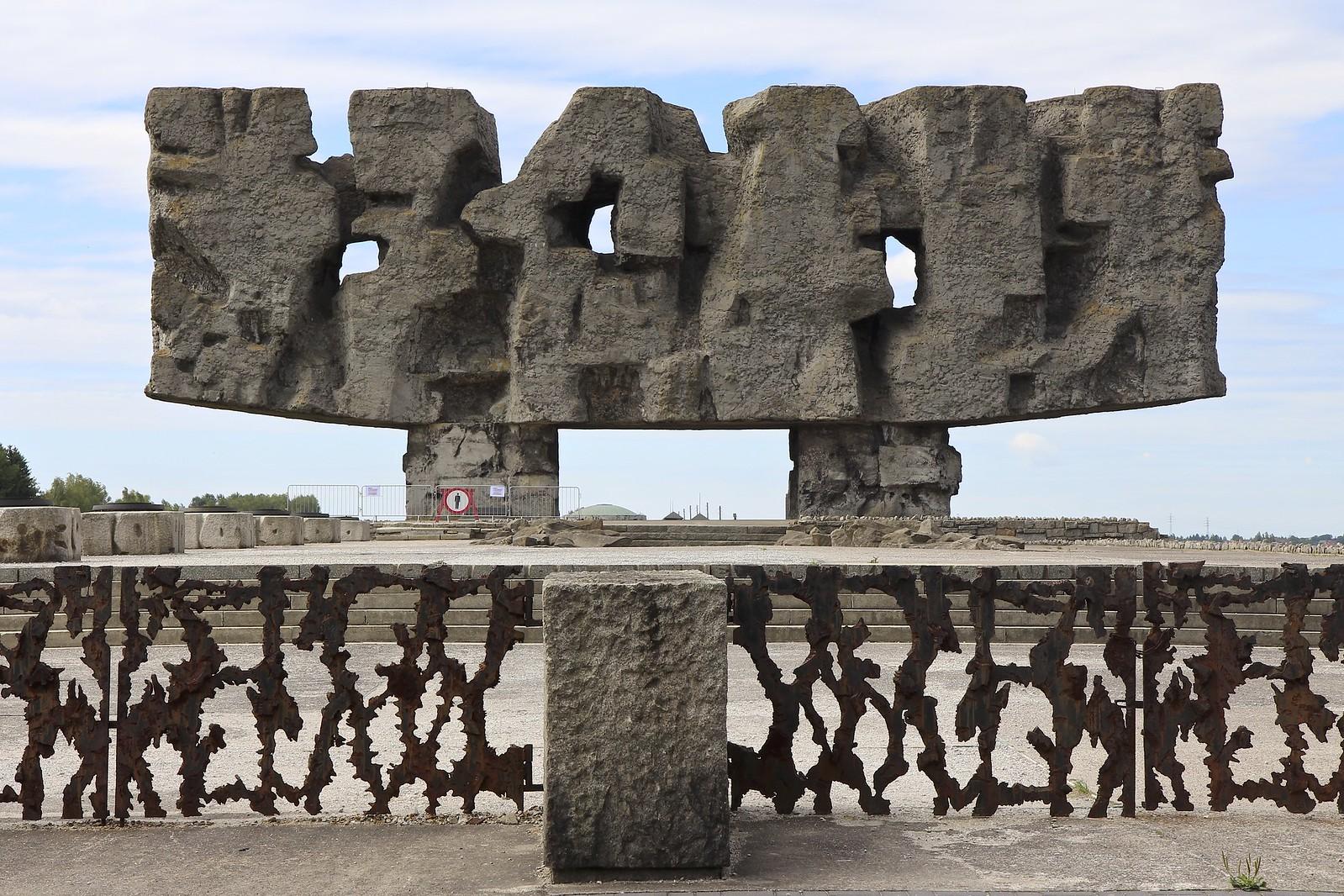 Majdanekin Keskitysleiri Lublinissa Puolassa Tama Matka