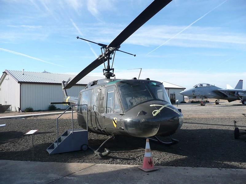 Bell UH-1D Huey 1