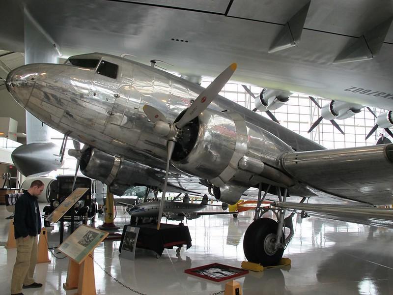 Douglas DC-3A 1