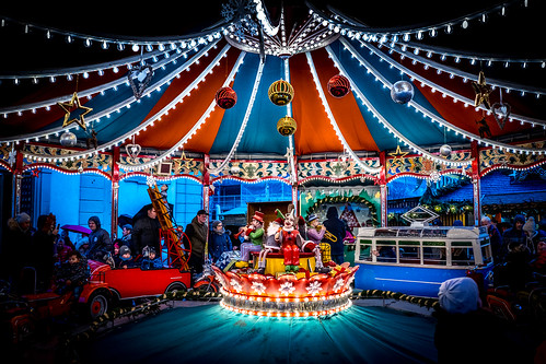 streetphoto street photography flickr new free light streetlife magic life people streetphotography streets colour lines christmas xmas carousel lights ludwigsburg