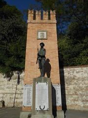 monumento ai caduti, Due Carrare